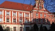 W najbliższą środę po raz kolejny będzie można zwiedzić znajdujące się we Wrocławiu Ossolineum. Wszyscy zainteresowani powinni się jednak pośpieszyć, gdyż darmowe zwiedzanie będzie trwało tylko do końca wakacji i […]