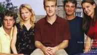 """Popularny amerykański serial dla młodzieży """"Jezioro marzeń"""" opowiada o grupie nastolatków, którzy – jak wszyscy nastolatkowie – mają wiele poważnych (przynajmniej dla nich) problemów. Jednym z producentów wykonawczych serialu był […]"""