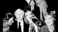 Chociaż Studio 54 istniało tylko 10 lat, to w tym niezwykle ekskluzywnym klubie nocnym bawiły się największe gwiazdy.