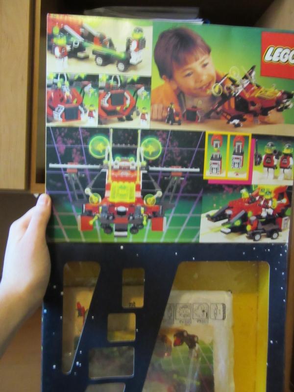 11_LEGO_M_Tron_box