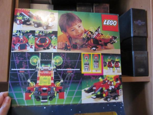 13_LEGO_M_Tron_box