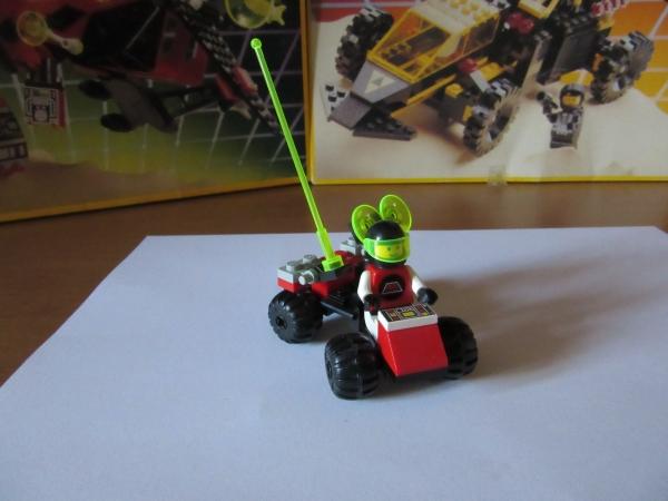 3 LEGO M-TRON 1478 Mobile Satellite Up-Link- msl
