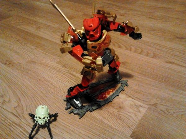 LEGO Bionicle 2015_Tahu_Władca_Ognia_2